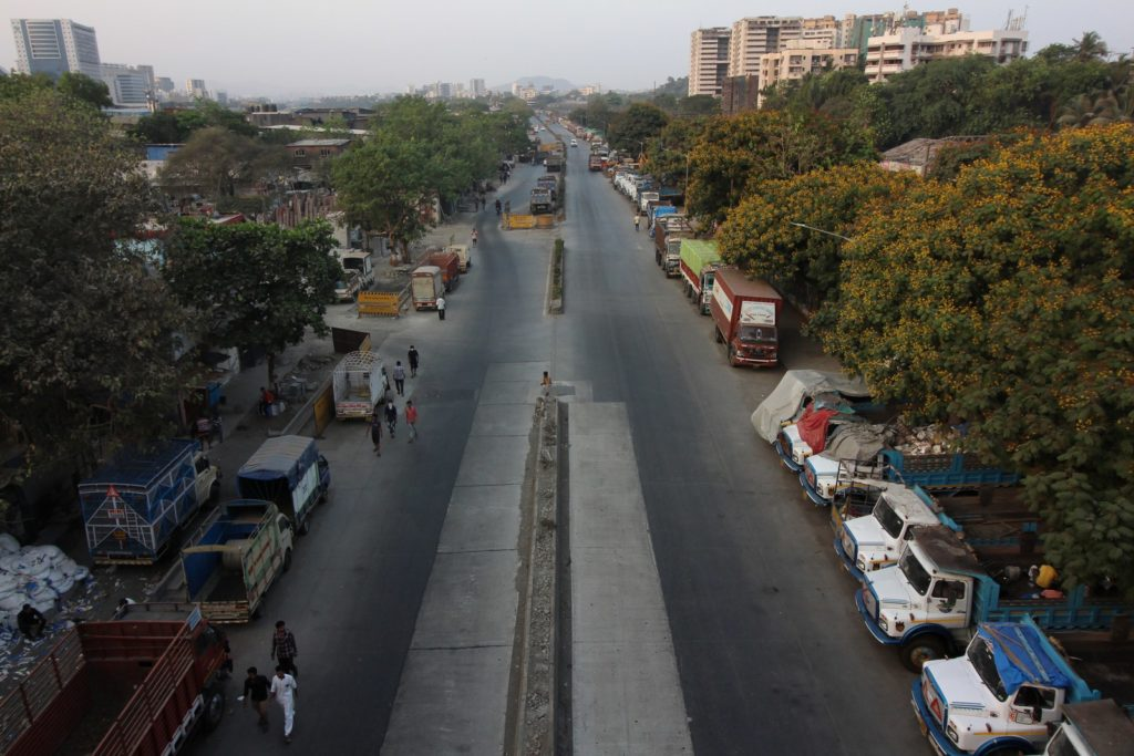 A nearly empty road in Mumbai, as India continues its nationwide lockdown to control the spread of the COVID-19 pandemic.Photo: Himanshu Bhatt/NurPhoto via Getty Images